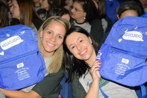Educadores foram presenteados com mochilas personalizadas da Rede de Educação Notre Dame